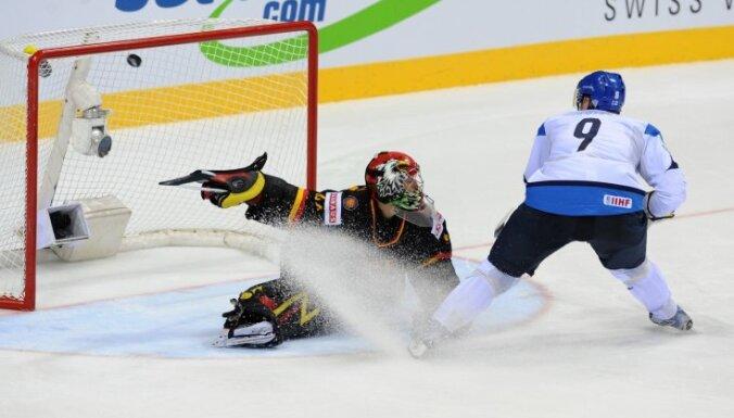 Somijas hokejisti sagādā Vācijai pirmo zaudējumu