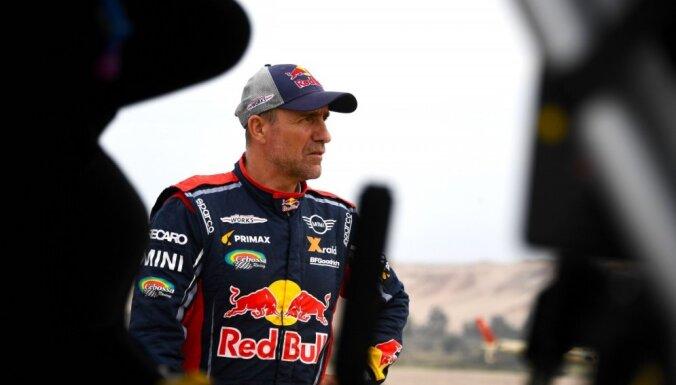 Peteransels avarē un izstājas priekšpēdējā Dakaras rallija ātrumposmā