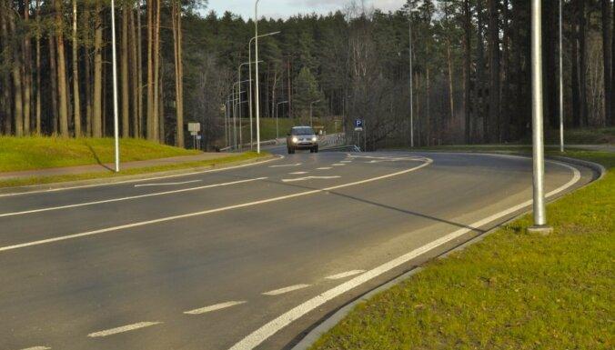 """""""Зеленые"""" предлагают снизить налог на мотоциклы и автомобили предприятий"""