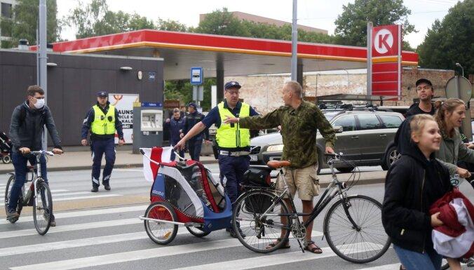 """Протесты возле бывшего велотрека """"Марс"""": полиция завела дела на протестующих"""
