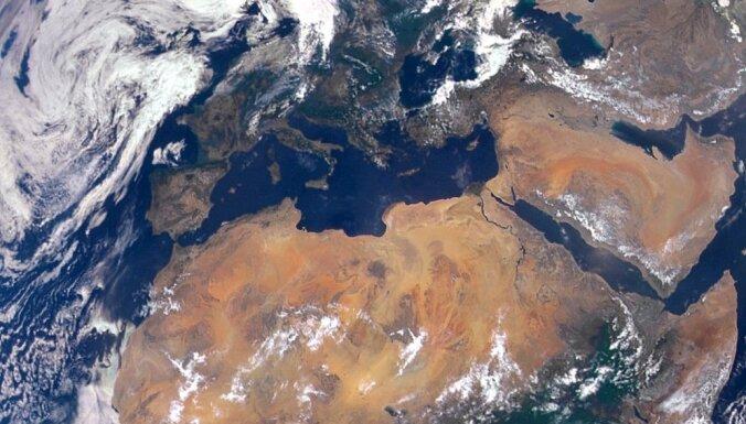 Plastmasas Vidusjūrā drīz būšot tikpat, cik zivju