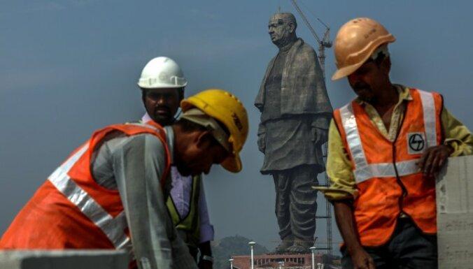 Foto: Indijā atklās pasaulē augstāko pieminekli