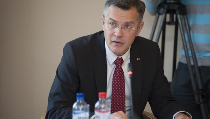 NATO dēļ ārvalstu specdienesti arvien biežāk vervēs iedzīvotājus, brīdina deputāts