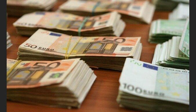 Nomura International: страны Балтии, вероятно, сохранят привязку валют к евро