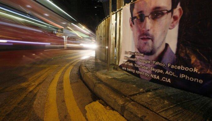 Ekvadora ministrs: meklētais CIP darbinieks Snoudens joprojām atrodas Maskavā