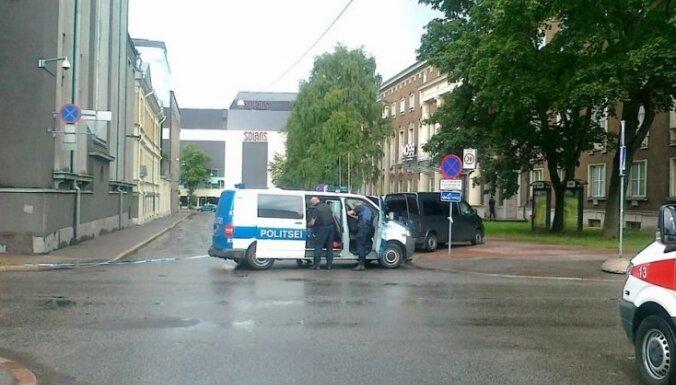 Igaunijas AM ēkā apšaudē nošautais - jurists no Kreisās partijas Karens Drambjans (19:50)