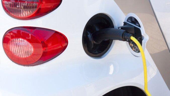 Elektroauto tirgus daļa Eiropā šogad trīskāršojusies