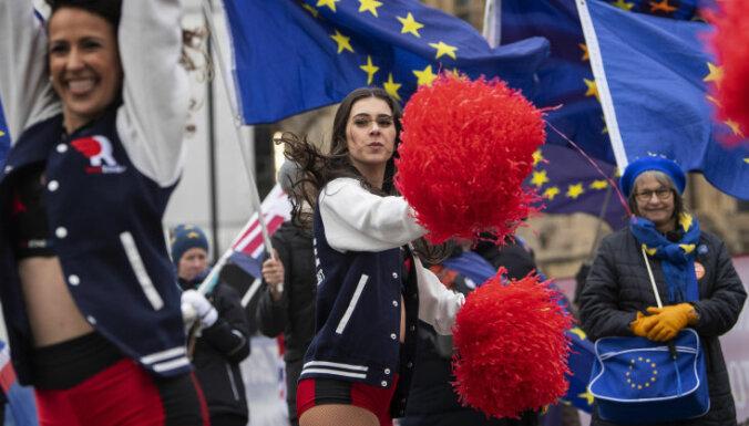 Евросоюз намерен штрафовать Британию на миллиарды за задержку с Brexit