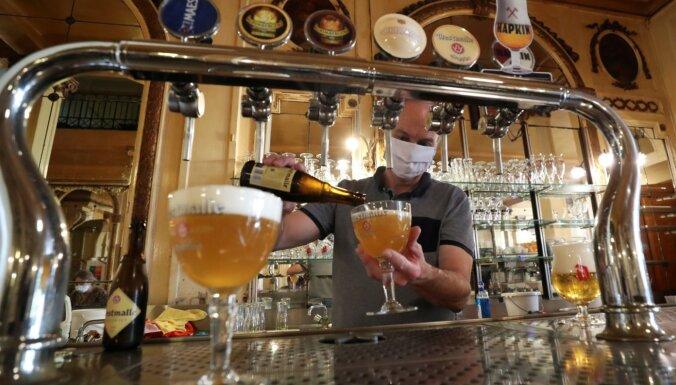 В Брюсселе из-за роста случаев Covid на месяц закроют бары и кафе
