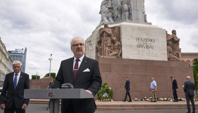 Komunistiskā genocīda noziegumiem nav noilguma, pauž prezidents
