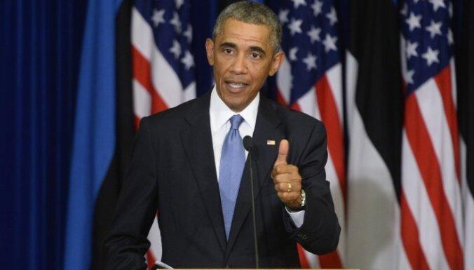 Обама призвал не поддаваться истерии из-за Эболы