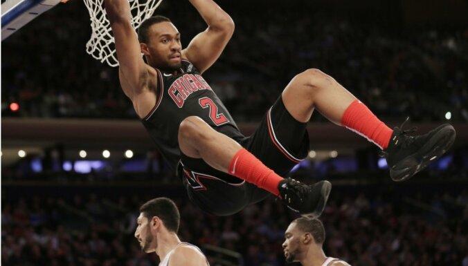 Ņujorkas 'Knicks' piedzīvo astoto zaudējumu šosezon