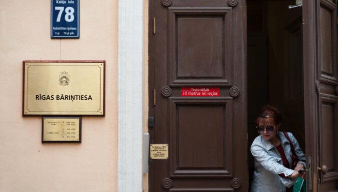 Rīgas bāriņtiesā sēdes notiks pārsvarā bez procesa dalībnieku klātbūtnes