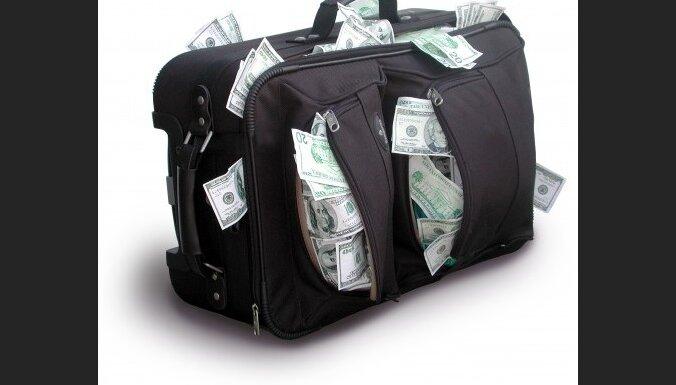 Uz budžeta deficīta rēķina segs valsts iestāžu parādus