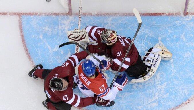 Сборная Латвии уступила чешским хоккеистам