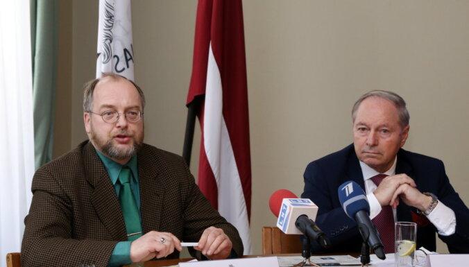 Darba devēji un LBAS atbalsta nodokļu reformas virzību; LTRK atbalstu atsauc