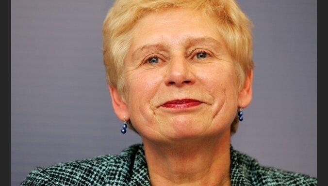 Premjers vērtēs Veismanes rīcību, rosinot noklausīties žurnālisti