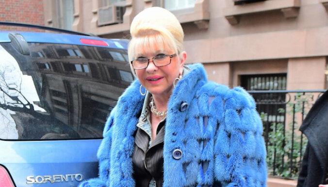 Foto: Paparaci medī Trampa bijušo sievu Ivanu
