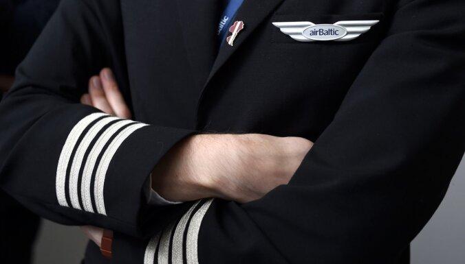 Linkaits: Pēc gada varētu būt jāatgriežas pie jautājuma par papildu finansējumu 'airBaltic'