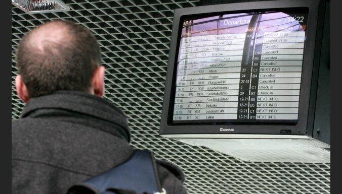 Полеты отменены как минимум до воскресенья