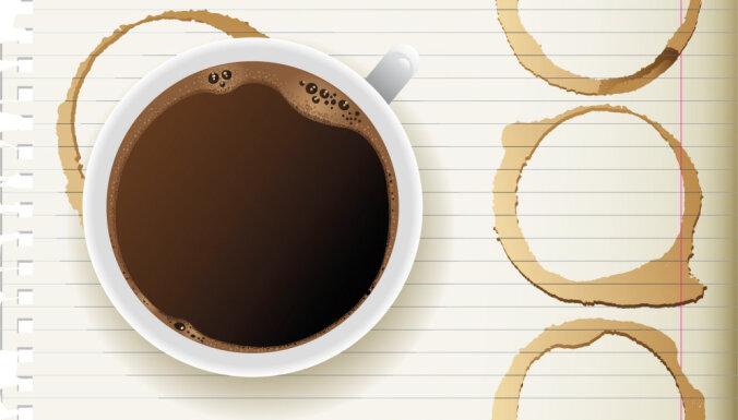 Beidzot atrasts izskaidrojums, kādēļ veidojas kafijas 'gredzeni'