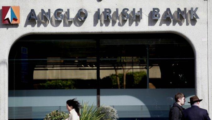 Īrijas tiesa trīs baņķieriem piespriež cietumsodu par krāpšanu