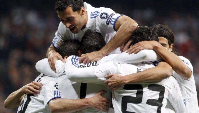 """""""Реал"""" продолжает погоню за """"Барсой"""""""