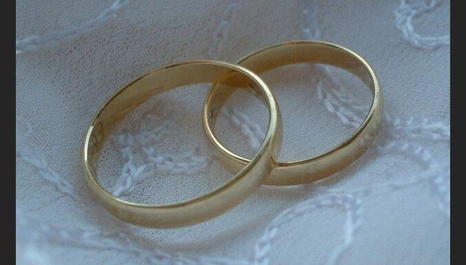 Ирландия: гражданки Латвии замешаны в сотнях фиктивных браков с выходцами из Азии и Африки