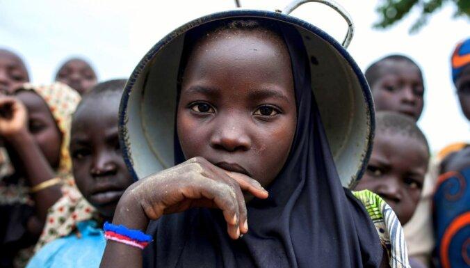 Kamerūnā atbrīvoti visi 78 nolaupītie bērni; gūstā patur skolotājus