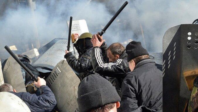 Ринкевич призывает ввести санкции против руководства Украины