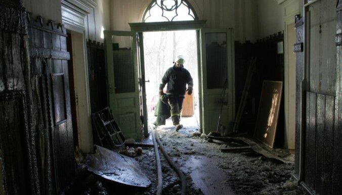 Дымовые датчики хотят установить во всех жилых домах