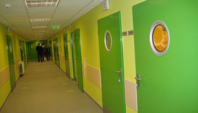 Bērnu slimnīcai nākamgad plāno piešķirt lielāku finansējumu