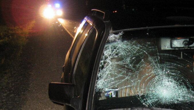 Uz Tallinas šosejas saduras četras automašīnas; deviņi cietušie