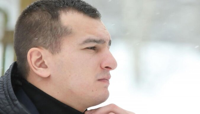 Dziedātājs Dzintars Čīča pusotru gadu slēpis meitu
