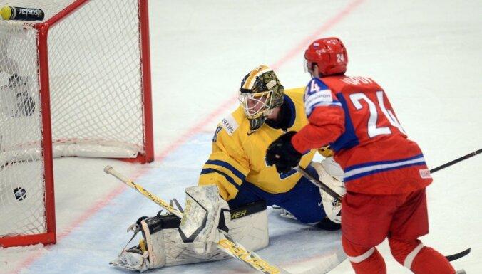 Malkina 'hat trick' sekmē Krievijas fantastisko uzvaru pār Zviedriju