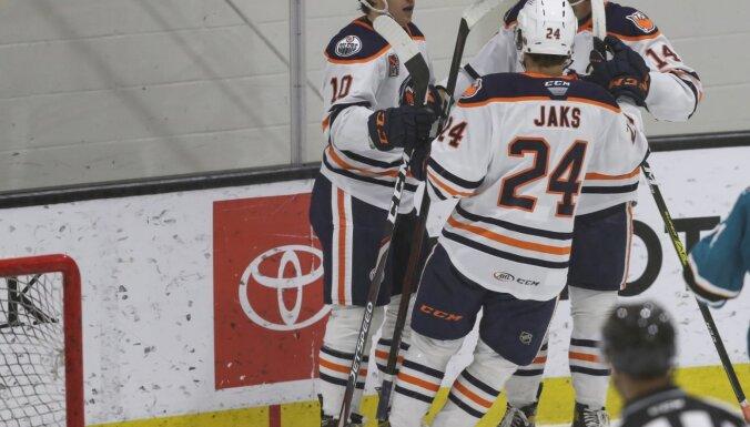 AHL čempionāts: Jakam rezultatīva piespēle uzvarā pār Čuksti