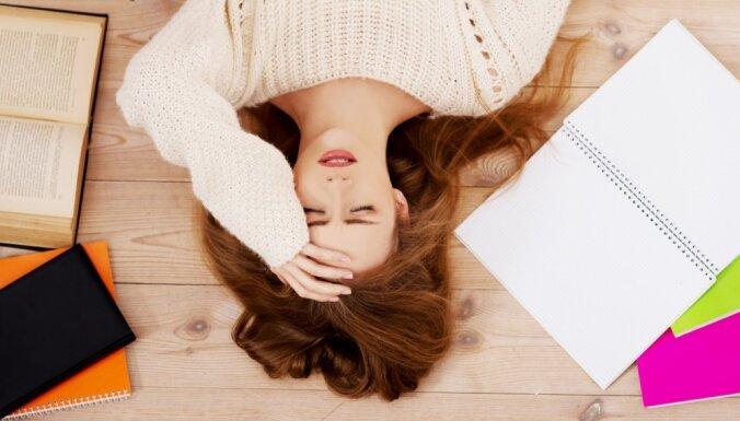 От приступов забывчивости до высыпаний на коже: симптомы стресса, которые могут вас удивить