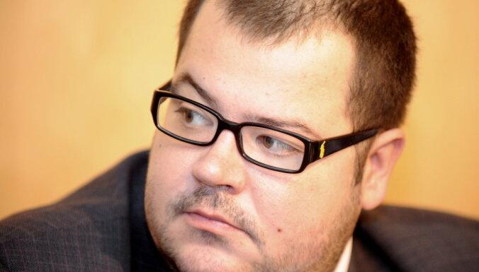 Cкоропостижно скончался политик Кришьянис Петерс