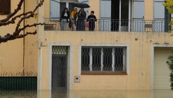 Непогода в Европе привела к человеческим жертвам