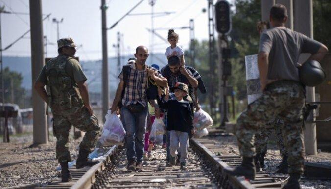 Par bēgļu uzņemšanu turpmāk lems parlaments, paredz Saeima