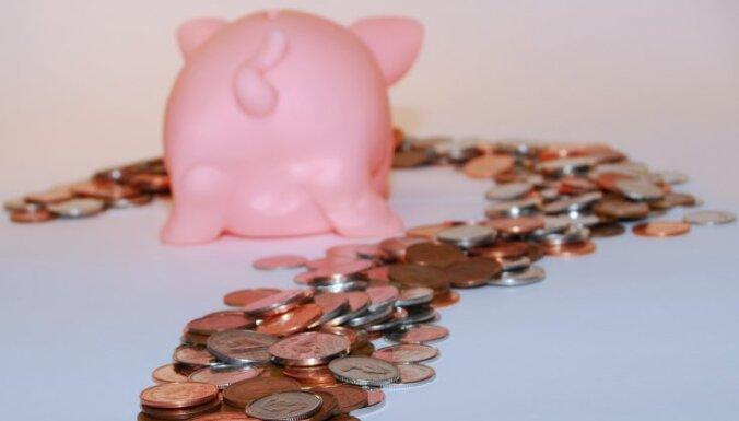 Gada laikā uzturēšanās atļaujas investoriem budžetā ienesušas 1,6 miljonus latu