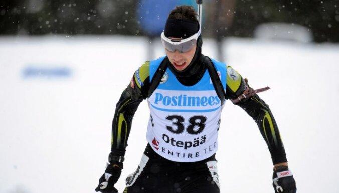 Biatlonisti Slotiņš un Praulītis neapmierināti ar slēpju slīdamību EČ individuālajā distancē