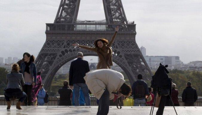 Ceļojums uz Parīzi
