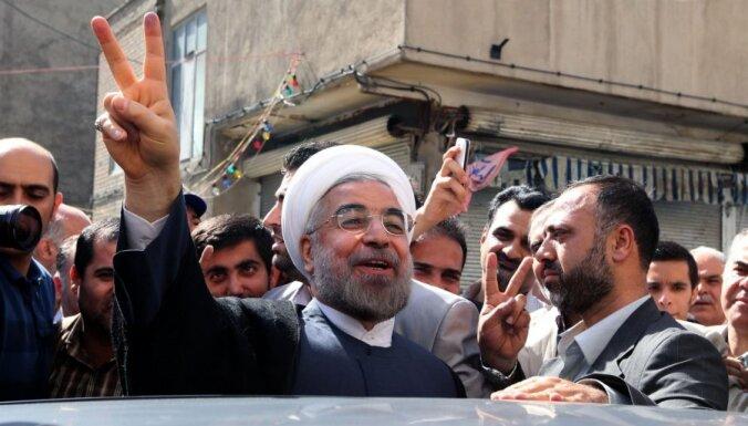 Умеренный либерал Хассан Рухани станет президентом Ирана