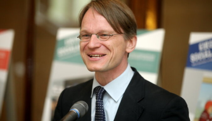 Гобиньш: Латвия— в числе 50 богатейших стран мира. Надо дать денег и беженцам за рубежом