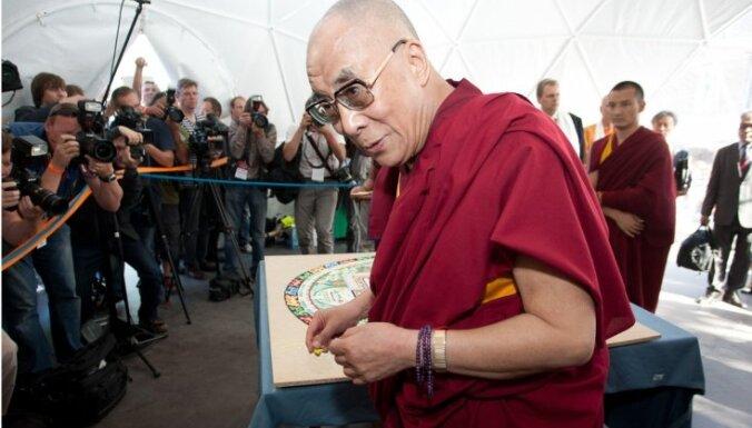 Учения Далай-ламы в Риге посетит 4500 человек со всего мира, ожидается и Борис Гребенщиков