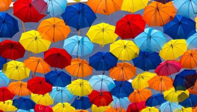Krāsu terapija - kā varavīksnes toņi iespaido cilvēku? Skaidro speciālists