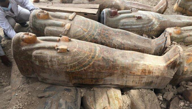 Arheologi Ēģiptē atraduši 20 senus sarkofāgus