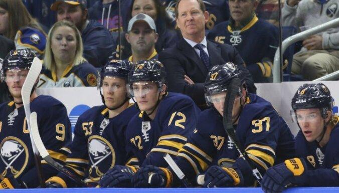 Girgensona pārstāvētā 'Sabres' atspēlējas un izcīna uzvaru NHL mačā