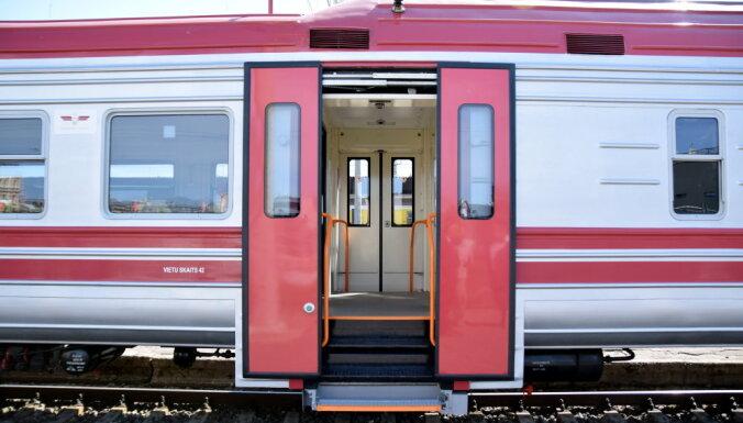 Инфицированный Covid-19 пассажир ехал в поезде Тукумс-Рига и Рига-Тукумс